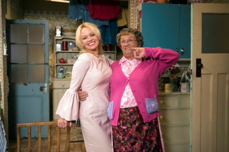 All Round to Mrs Brown's with Brendan O'Carroll and Pamela Anderson