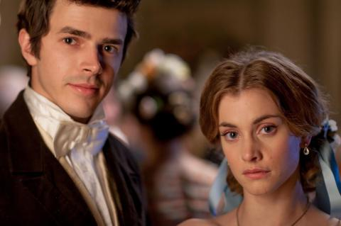 Harry Richardson and Stefanie Martini as Frank Gresham and Mary Thorne in Doctor Thorne