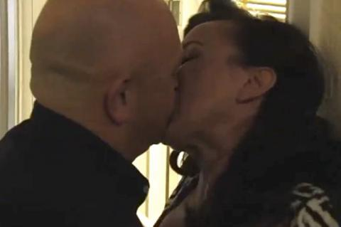 EastEnders' Grant and Belinda get it on