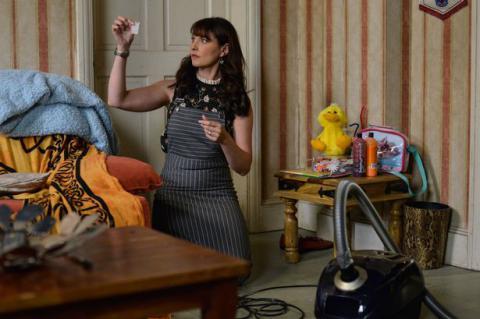 EastEnders: Honey finds Jay's drugs